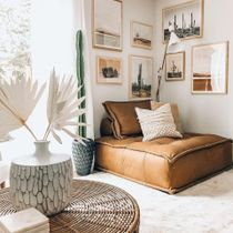 This desert themed set up is soft and subdued, adding just enough detail to the space, blending in with the collection while also standing out on its own.🌵 Use similar smaller prints throughout the space to create a cohesive theme 🏜  Link in Bio to Shop 👆  📸 Via: @boneill_athome  . . . . . #iamfy #FyGalleryWall #artprints #styleinspiration #trending #GalleryWall